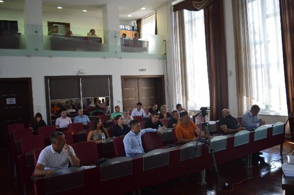 Usvojen Prijedlog Odluke o utvrđivanju broja korisnika i mjesečnog iznosa stipendije u akademskoj 2021./2022. godini