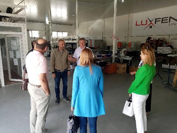 Posjeta predstavnika Ministarstva privrede USK i predstavnika Gradske uprave poslovnim zonama u gradu Bihaću